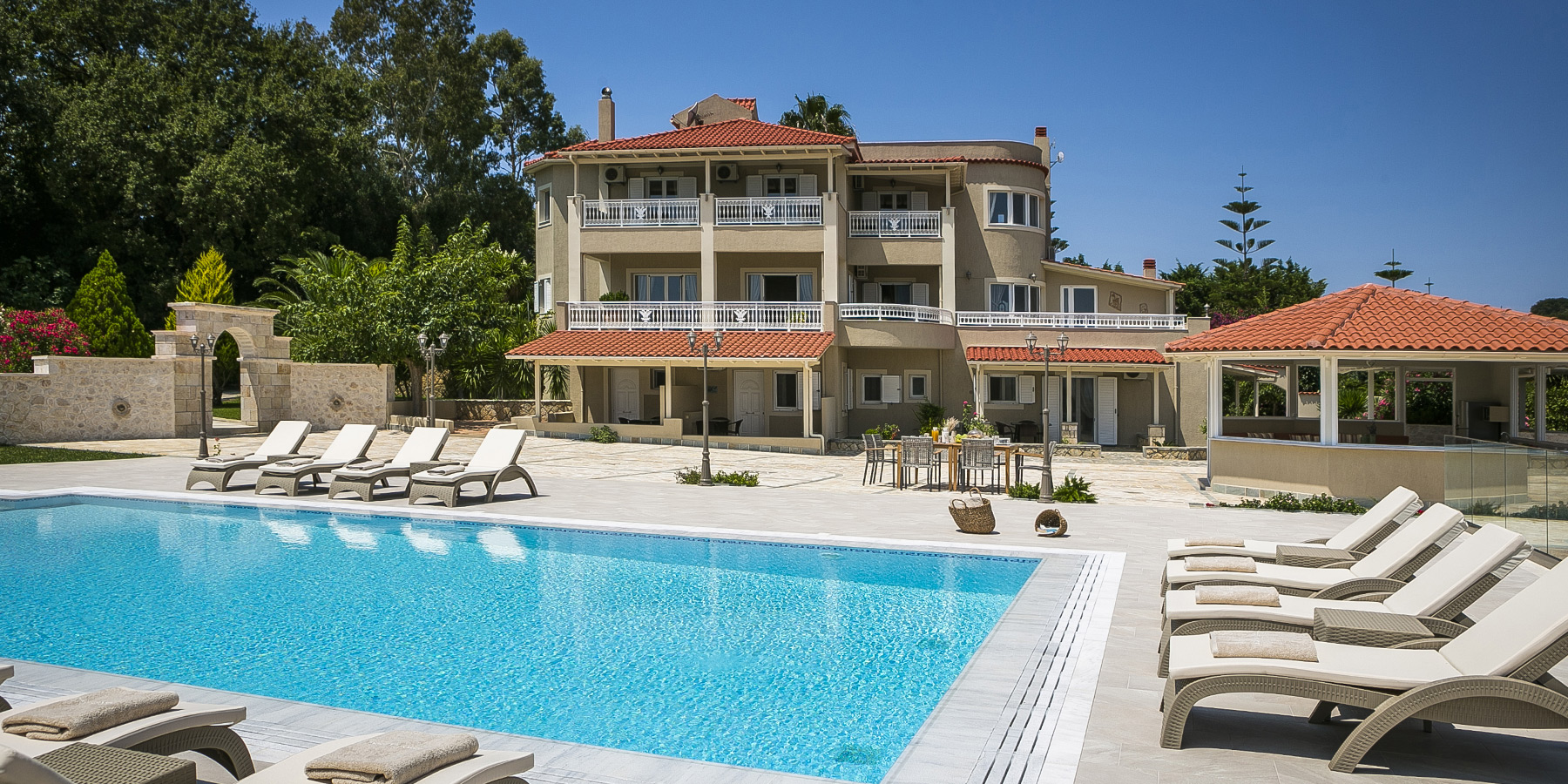 hidden_gem_estate_kefalonia_villa_002